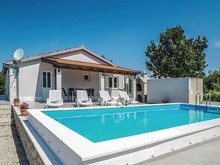 3 bedroom Villa in Bajići, Splitsko-Dalmatinska Županija, Croatia : ref 5563604