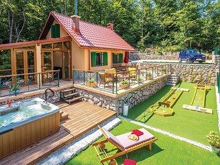 1 bedroom Villa in Crni Kal, Primorsko-Goranska Zupanija, Croatia : ref 5551967