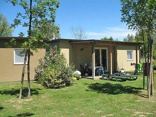 2 bedroom Apartment in Grado, Friuli Venezia Giulia, Italy - 5434398