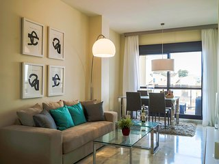 2 bedroom Apartment in Estepona, Andalusia, Spain - 5560387