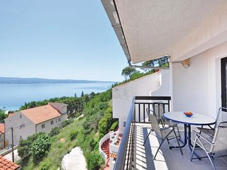 3 bedroom Apartment in Duće, Splitsko-Dalmatinska Županija, Croatia : ref 556358