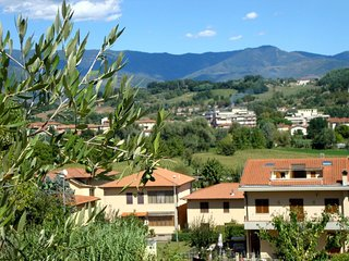 2 bedroom Apartment in San Giovanni Valdarno, Tuscany, Italy : ref 5401639