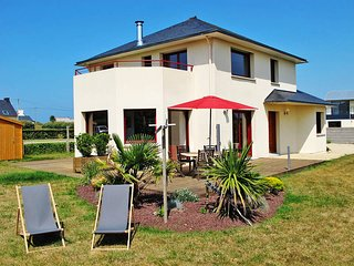 3 bedroom Villa in Kerlouan, Brittany, France : ref 5438164
