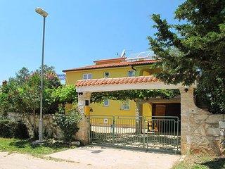 2 bedroom Apartment in Vodnjan, Istarska Županija, Croatia : ref 5439503