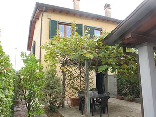 3 bedroom Villa in Lido di Camaiore, Tuscany, Italy : ref 5472857