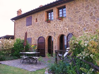 1 bedroom Apartment in Armaiolo, Tuscany, Italy : ref 5364641
