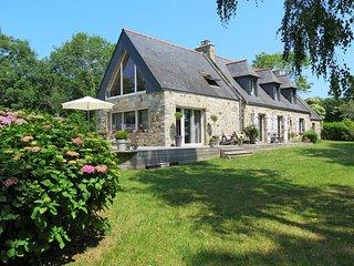 3 bedroom Villa in Crozon, Brittany, France : ref 5438116