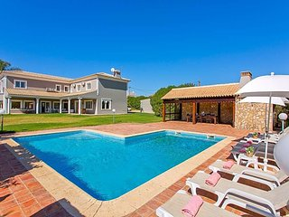 4 bedroom Villa in Barradas, Faro, Portugal : ref 5583284