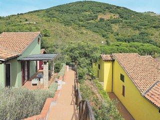 2 bedroom Apartment in Il Piano-San Francesco, Tuscany, Italy : ref 5437768