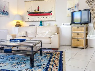 2 bedroom Apartment in Biarritz, Nouvelle-Aquitaine, France : ref 5517730