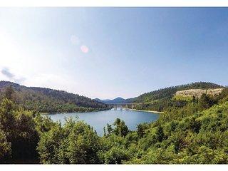 6 bedroom Villa in Fuzine, Primorsko-Goranska Zupanija, Croatia : ref 5605081