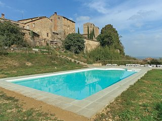 3 bedroom Apartment in Stigliano, Tuscany, Italy : ref 5566923