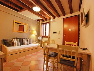 1 bedroom Apartment in Venice, Veneto, Italy : ref 5477057