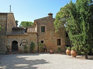 2 bedroom Villa in Pancole, Tuscany, Italy : ref 5554817