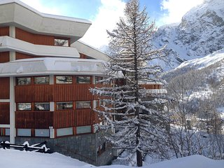 1 bedroom Apartment in Breuil-Cervinia, Aosta Valley, Italy : ref 5560649