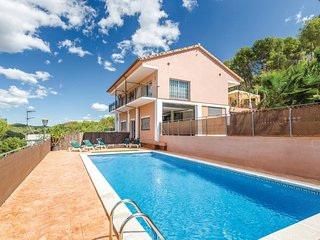 6 bedroom Villa in Canyelles, Catalonia, Spain : ref 5549858