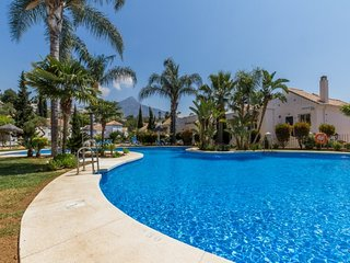 2 bedroom Apartment with Pool, Air Con and WiFi - 5080443