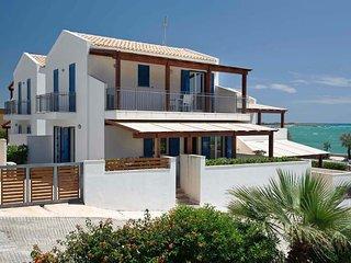 2 bedroom Villa in Marina di Modica, Sicily, Italy : ref 5240594