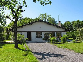 4 bedroom Villa in Le Teich, Nouvelle-Aquitaine, France : ref 5434925