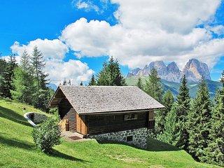 2 bedroom Villa in Pecol, Trentino-Alto Adige, Italy : ref 5437566