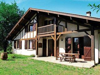 5 bedroom Villa in Uza, Nouvelle-Aquitaine, France : ref 5435077