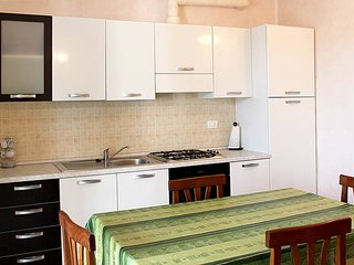 2 bedroom Apartment in Lazise, Veneto, Italy : ref 5438639