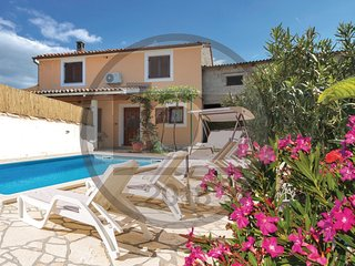 3 bedroom Villa in Gajana, Istria, Croatia : ref 5565337