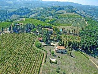2 bedroom Apartment in San Gimignano, Tuscany, Italy : ref 5241659