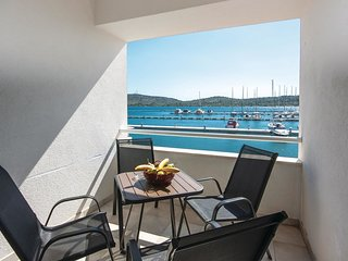 2 bedroom Apartment in Pirovac, Sibensko-Kninska Zupanija, Croatia : ref 5542458