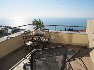 2 bedroom Apartment in Cipressa, Liguria, Italy : ref 5444217