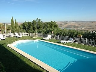 Santaella Villa Sleeps 7 with Pool Air Con and WiFi - 5080247
