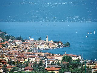 2 bedroom Apartment in Cunettone-Villa, Lombardy, Italy : ref 5438846