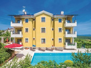 2 bedroom Apartment in Salatić, Primorsko-Goranska Županija, Croatia : ref 55211