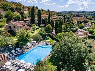 3 bedroom Apartment in Popoltaio-Schiacciato, Umbria, Italy : ref 5447858