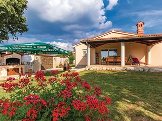 3 bedroom Villa in Šišan, Istria, Croatia : ref 5545359