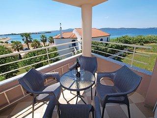 2 bedroom Apartment in Zlošane, Zadarska Županija, Croatia - 5560373
