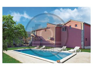 4 bedroom Villa in Necaj, Splitsko-Dalmatinska Zupanija, Croatia : ref 5571495
