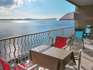 2 bedroom Apartment in Sainte-Maxime, Provence-Alpes-Cote d'Azur, France : ref 5