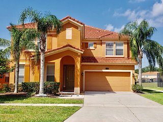 6 Bedroom Vacation Home Next to Walmart  Near Disney Theme