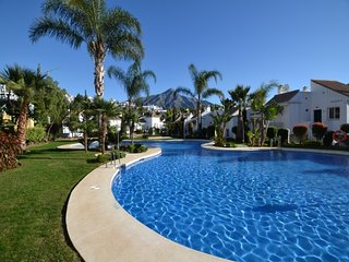 2 bedroom Apartment with Pool, Air Con and WiFi - 5690827