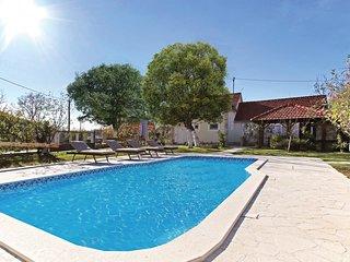 5 bedroom Villa in Topolje, Sibensko-Kninska Zupanija, Croatia : ref 5551476