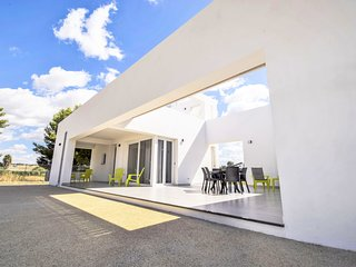 2 bedroom Villa in Contrada Fiori Sud, Sicily, Italy : ref 5549336