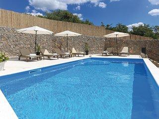 2 bedroom Villa in Vucevica, Splitsko-Dalmatinska Zupanija, Croatia : ref 557140
