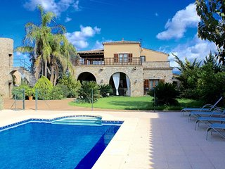 Finca with pool and jacuzzi in Arta – vac07