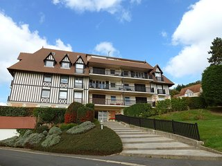 2 bedroom Apartment in Blonville-sur-Mer, Normandy, France : ref 5518286
