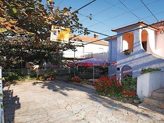 4 bedroom Villa in Grgomicic, Zadarska Zupanija, Croatia : ref 5569953