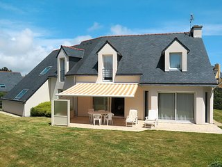 3 bedroom Villa in Plougonvelin, Brittany, France : ref 5438253
