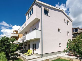 3 bedroom Apartment in Kastel Novi, Splitsko-Dalmatinska Zupanija, Croatia : ref