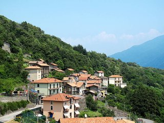 3 bedroom Apartment in Rezzonico, Lombardy, Italy - 5436955