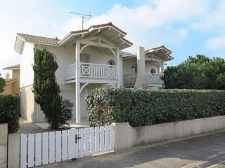3 bedroom Villa in Biscarrosse-Plage, Nouvelle-Aquitaine, France : ref 5434812